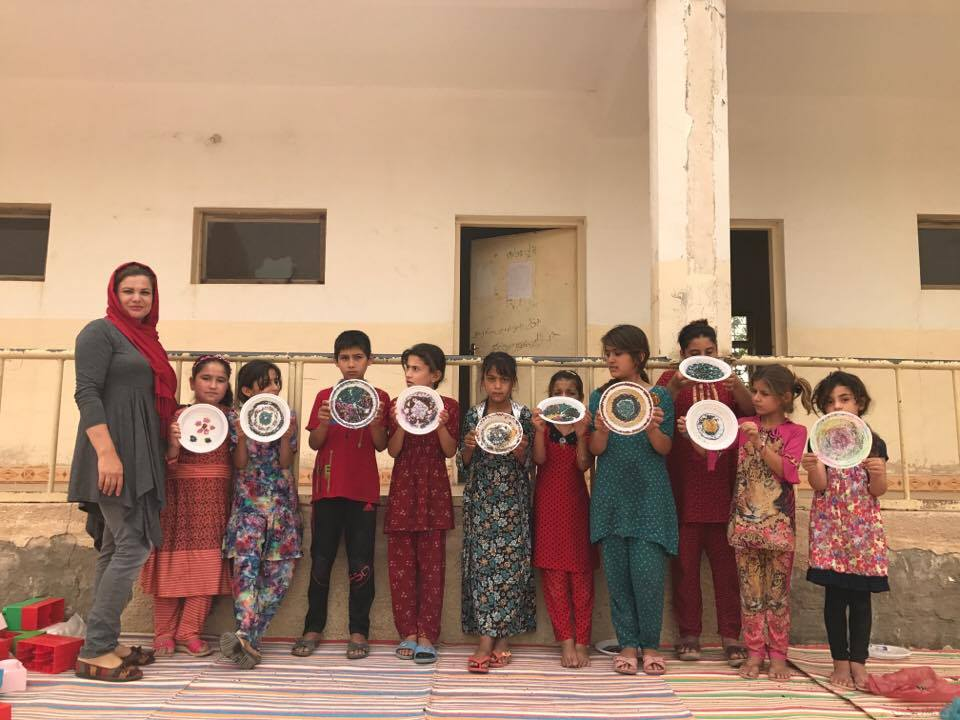 6-7-2018,Khalat with children making handcrafts, photo by Zhino Khalil
